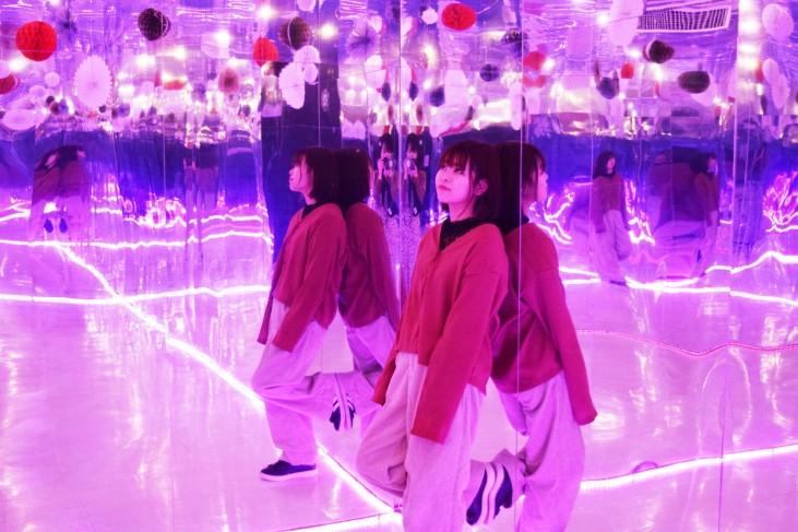 鏡の部屋2